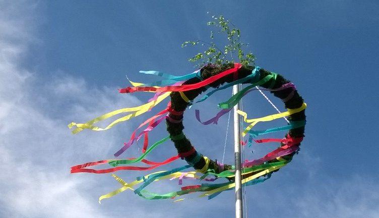 Heidense traditie van de meiboom
